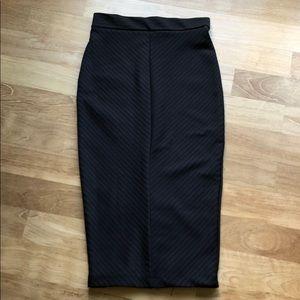 Zara Black Midi Pencil Skirt
